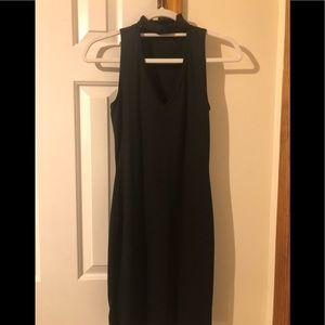 Short v-neck sleeveless dress